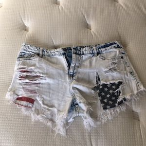 Women USA Mossimo denim jeans shorts size 12/31